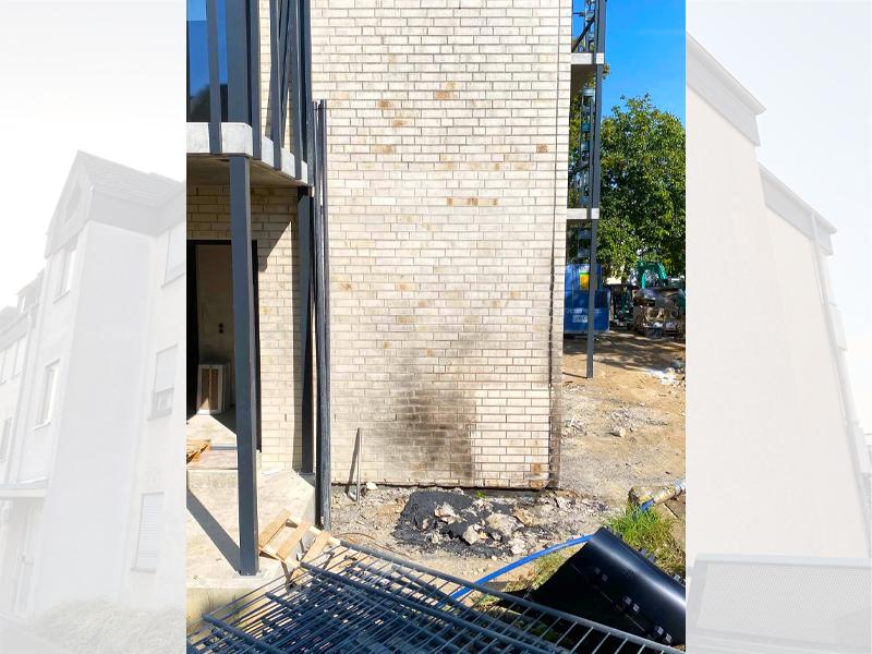 Fassadenreinigung nach Brandschaden vorher