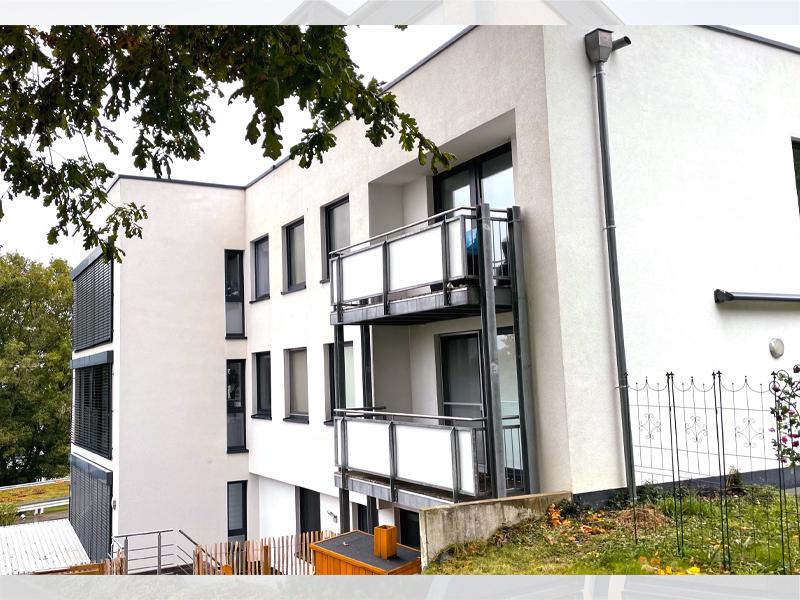 Fassadenreinigung Mehrfamilienhaus Nachher